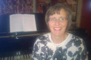 Julie Schindler